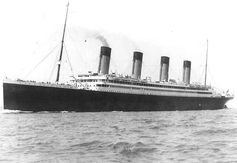 試験航海時のオリンピック号